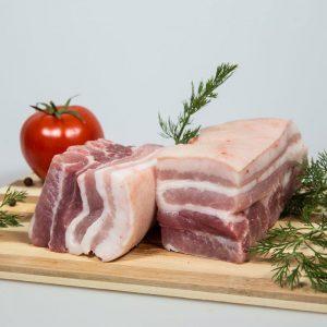 Piept de porc cu slănină